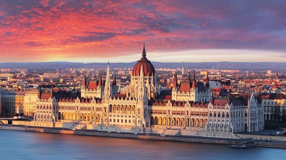 barato para viajar Hungria
