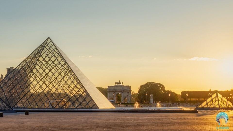 O que fazer no Louvre de dia